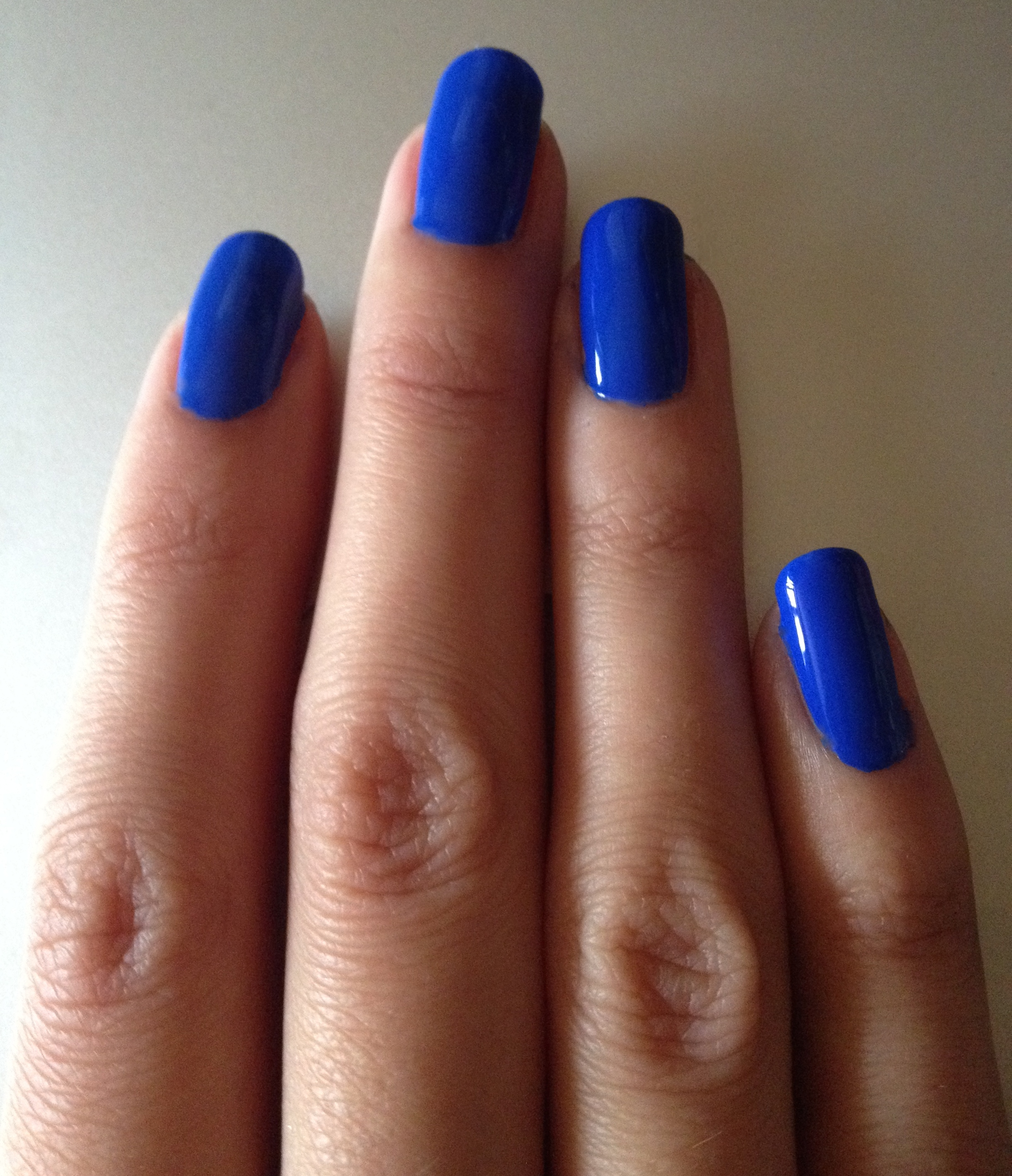 2 blue summer nail polish shades – makeupandmyself